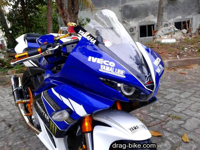 Modifikasi new vixion full fairing M1 Yamaha YZR-M1
