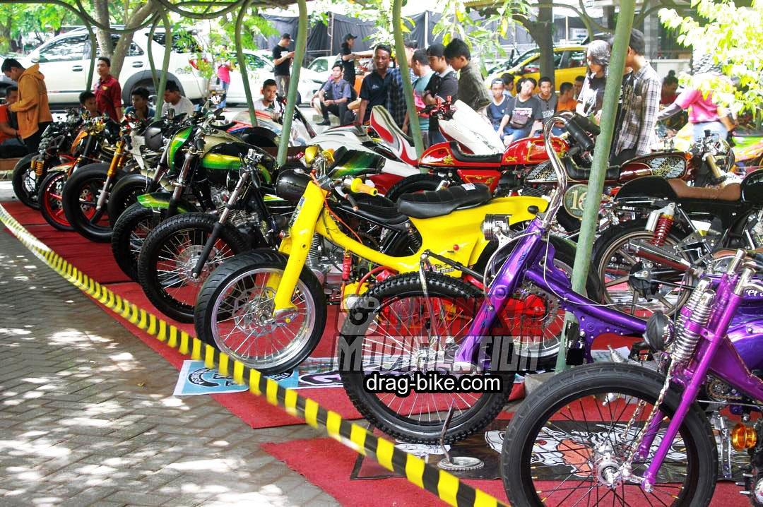 42 Foto Gambar Modifikasi Motor C70 Racing Chopper Jap Style Drag