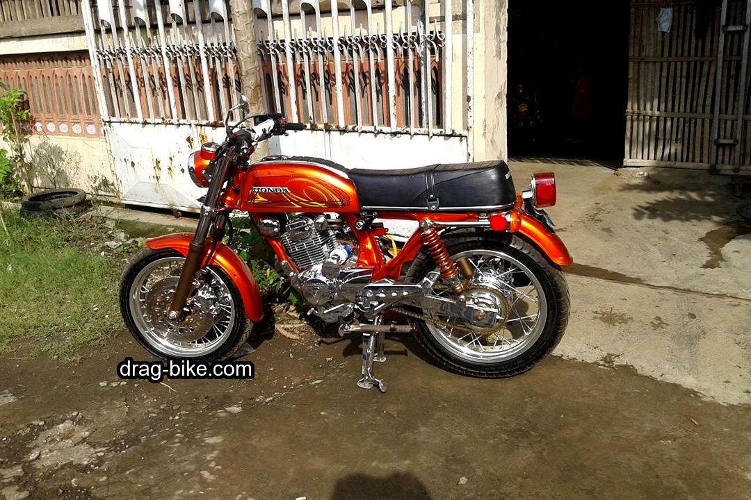 modifikasi motor cb 100 klasik warna merah