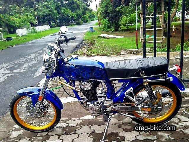 modifikasi motor cb 100 warna biru