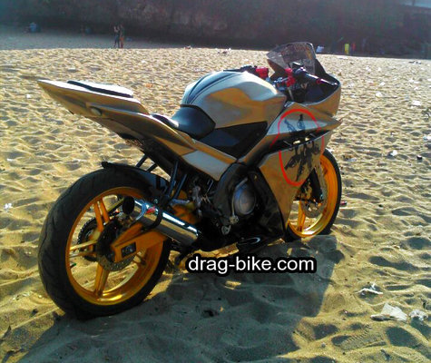 modifikasi new vixion full fairing R15