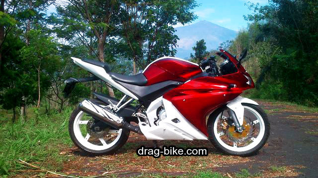 modifikasi vixion 2012 merah marun full fairing