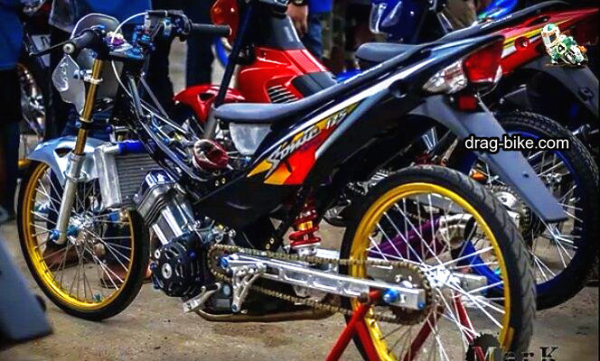 Modifikasi motor sonic thailook mothai style