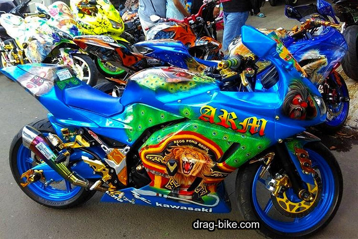 Modifikasi Kawasaki Ninja 250 Fi Full Airbrush