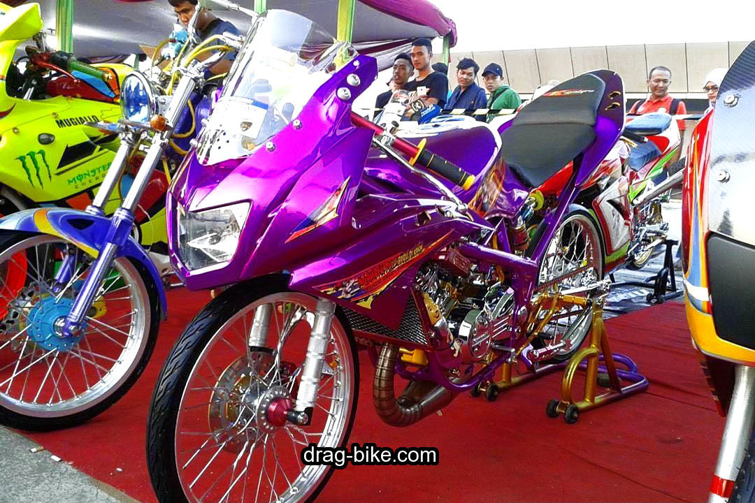 Modifikasi Motor Ninja RR Jari Jari Racing