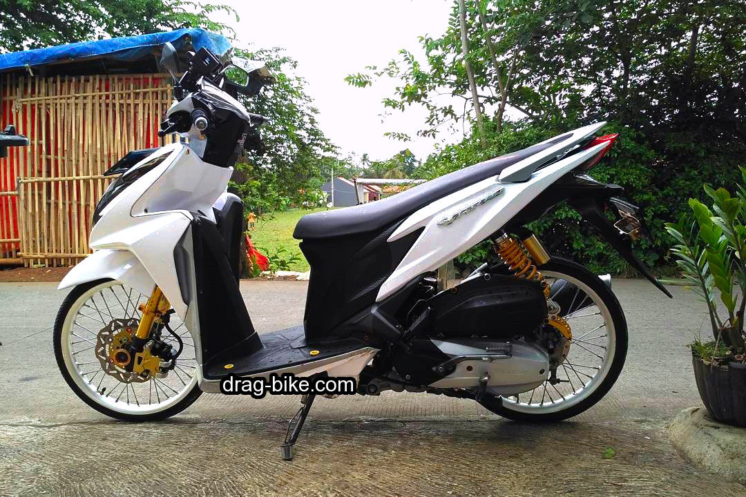 Modifikasi Vario 150 Jari Jari Ring 17 Warna Putih