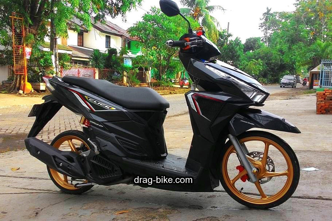 Modifikasi Vario 150 Warna Hitam